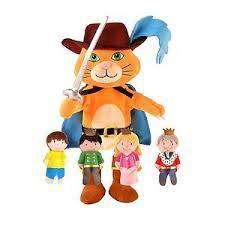 Cover of Puss In Boots Hand & Finger Puppet Set - 5034309115672