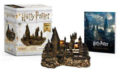 Cover of Harry Potter Hogwarts Castle and Sticker Book: Lights Up! - Running Press - 9780762464401